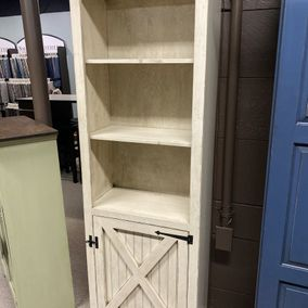 Fighting Creek - 950 - Bookcase Barn Door
