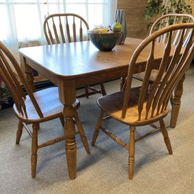 Amish - Harvest Extension Leg Table & Paddleback Side Chairs