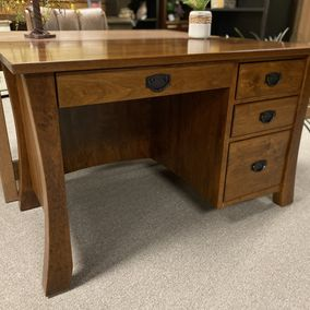 "Valley Furniture - Amish - 48"" Ashley Flat Top Desk"