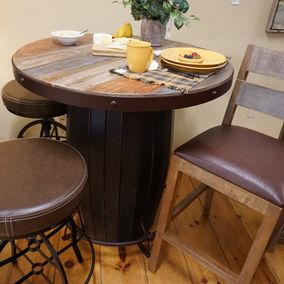 IFD - Antique Collection - Bistro Table & Counter Stools