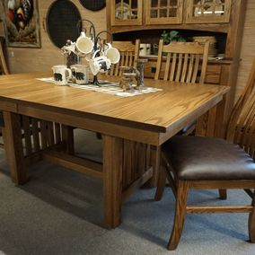 Amish - Standard Mission Table & Mission Slat Chairs