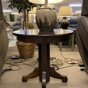 "Amish - 30"" Round Solid Top Table - Solid Brown Maple"