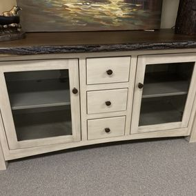 "Salt Creek - Amish - Towncraft 60"" TV Console"