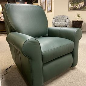 Smith Brothers - 421-38 Power Recliner