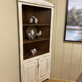 Honeybrook Woodcrafts - 5-R Corner Cupboard