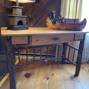 Amish - B-40S - Small Foreman Desk