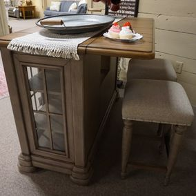 Klaussner - Trisha Yearwood Collection - Bar & Upholstered Counter Stool