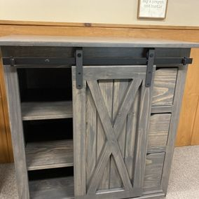 Fighting Creek - Amish - 928 - Dutch Cabinet