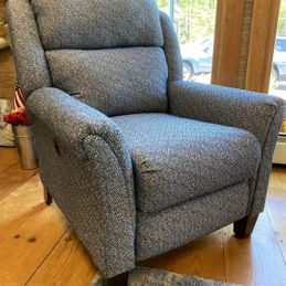Southern Motion - Pow Wow 1629PLUS - Power Hi Leg Recliner