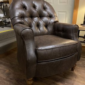 Best Home Furnishings - Truscott Club Chair