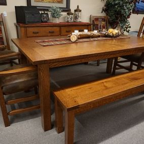 Cornerstone Wood - Amish - Western Plank Dining Table & Chairs